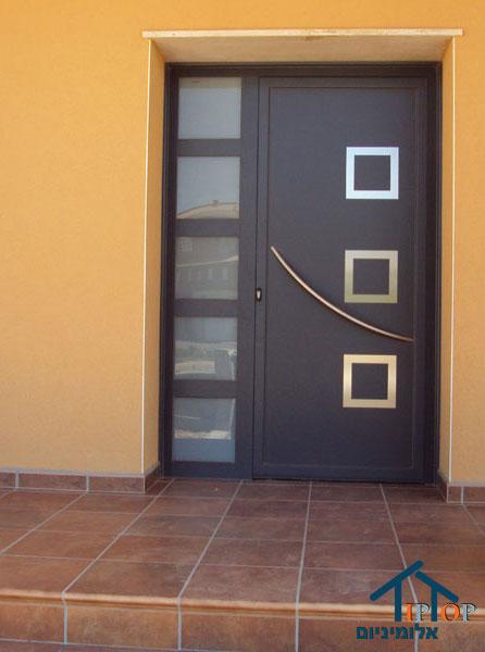 דלת מאלומיניום