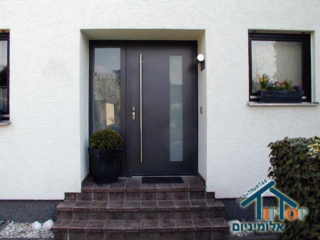 דלת הזזה מאלומיניום