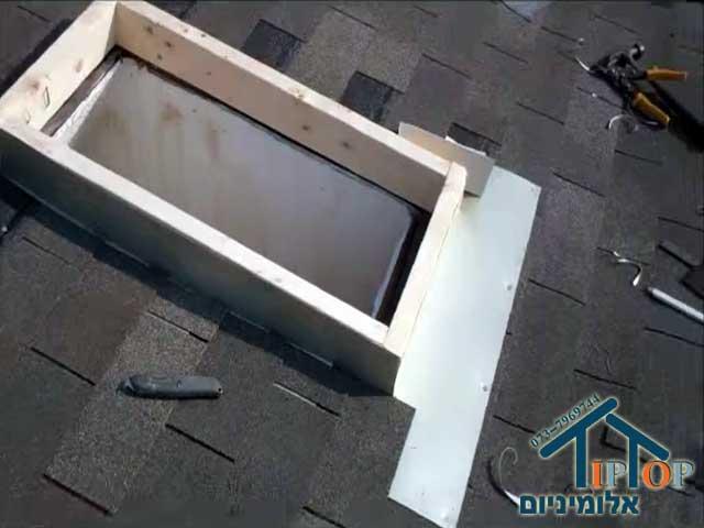 איטום חלונות גג