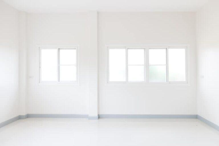חלונות הזזה בלגים לסלון