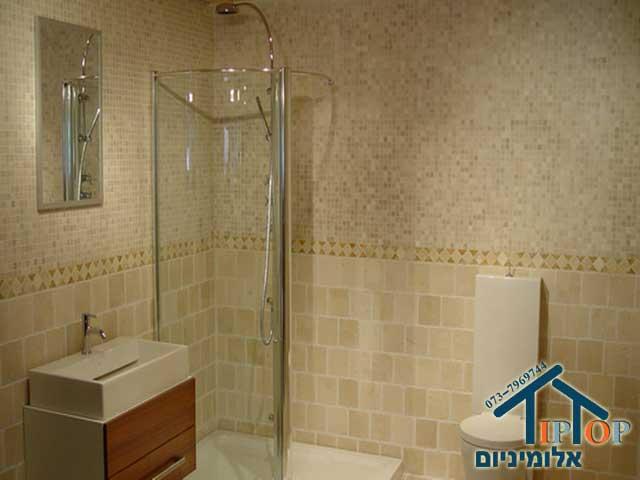 מקלחונים קעורים