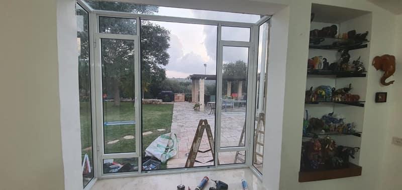 פרופיל בלגי קליל לחלון בסלון